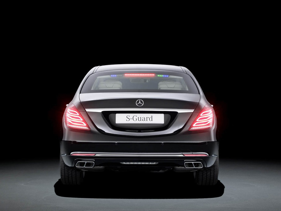 mercedes-benz-guard4