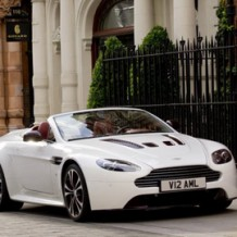 Aston Martin V12 Vantage Roadster